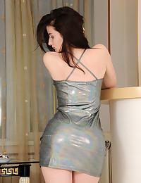 Rada nude in glamour..